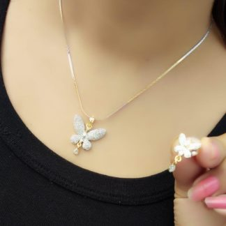 Pretty White Diamond Gold Plated Artificial Necklace Design Set