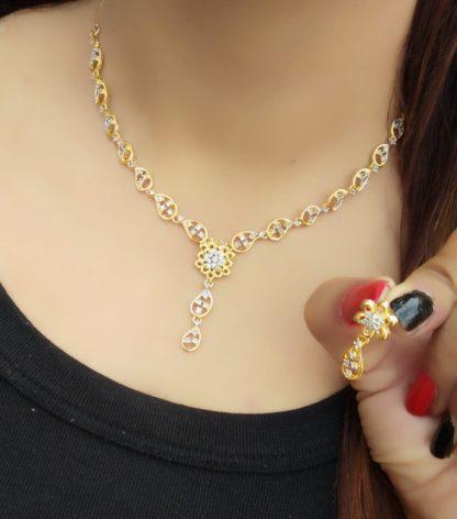 Astonishing Golden Imitation White Diamond Necklace Set